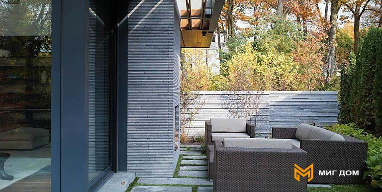 home-with-beautiful-garden-in-toronto-8